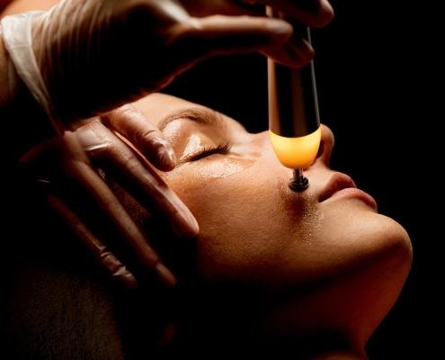 Faltenbehandlung Skinfirmor